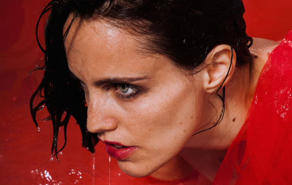 Anna Calvi – All Saints Church, Hove – 5th October 2018