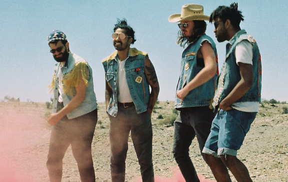 Flamingods – Interview