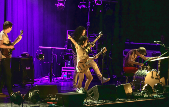 Deerhoof + Stargaze – Brighton Dome – 9th May 2018